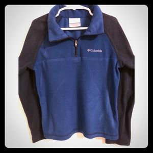 Columbia sports boys size XS. Blue with navy blue
